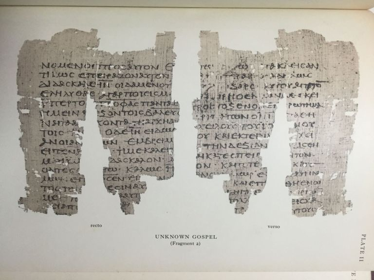 Fragments of an unknown gospel and other early Christian papyri. BELL H. Idris - SKEAT T. C.[newline]M3936.jpg