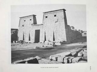 Temple of Khonsu. Vol. I: Scenes of King Herihor in the court. Vol. II: Scenes and inscriptions in the court and the first hypostyle hall (complete set)[newline]M0018e-03.jpeg
