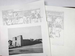 Temple of Khonsu. Vol. I: Scenes of King Herihor in the court. Vol. II: Scenes and inscriptions in the court and the first hypostyle hall (complete set)[newline]M0018e-13.jpeg