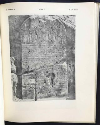 The rock tombs of Tell el-Amarna. Complete set of 6 volumes. Part I: The Tomb of Meryra. Part II: The Tombs of Panehesy and Meryra II. Part III: The Tombs of Huya and Ahmes. Part IV: Tombs of Penthu, Mahu, and Others. Part V: Smaller Tombs and Boundary Stelae. Part VI: Tombs of Parennefer, Tutu, and Aÿ (complete set)[newline]M0410h-30.jpg