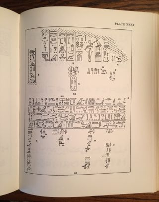 Corpus of hieroglyphic inscriptions in the Brooklyn museum. From Dynasty I to the End of Dynasty XVIII.[newline]M0845a-14.jpg