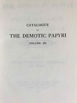 Catalogue of the demotic papyri in the John Rylands Library in Manchester. Vol. I: Atlas of Facsimiles. Vol. II: Hand-Copies of the ealier documents (Nos. I-IX). Vol. III: Key-list, translations, commentaries and indices (complete set)[newline]M2430-15.jpeg