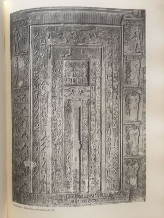 The tombs of Senenmut. The architecture and decoration of tombs 71 and 353.[newline]M3649h-08.jpg